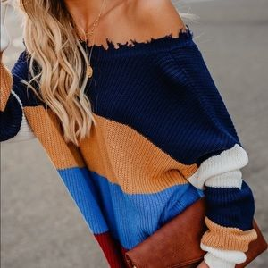 VICI Boutique Sweater   Perfect for the Fall